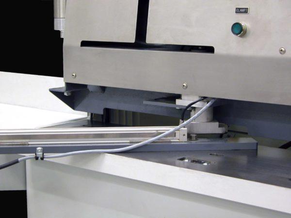 M25 Miter Machine Autosize Close Up
