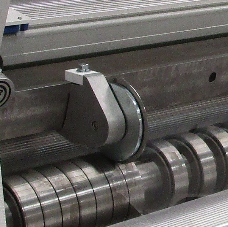 CR1500/CR1800 Slitter Rewinder Rotary Shear